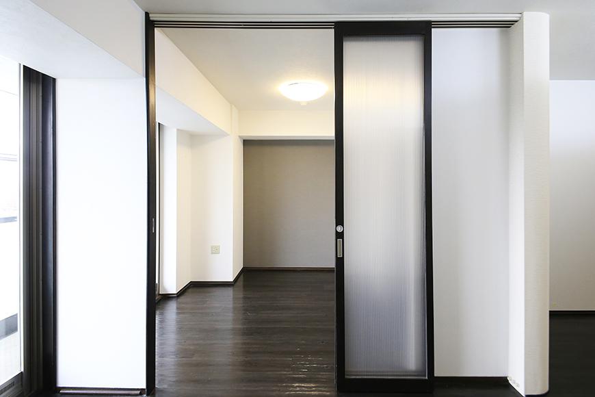 上小田井【SK BUILDING 7】406号室_LDK_リビング・洋室との仕切りのドア_MG_3949