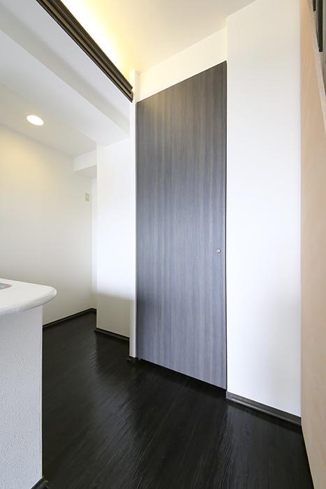 上小田井【SK BUILDING 7】705号室_LDK_キッチン周り_収納スペース_MG_3147