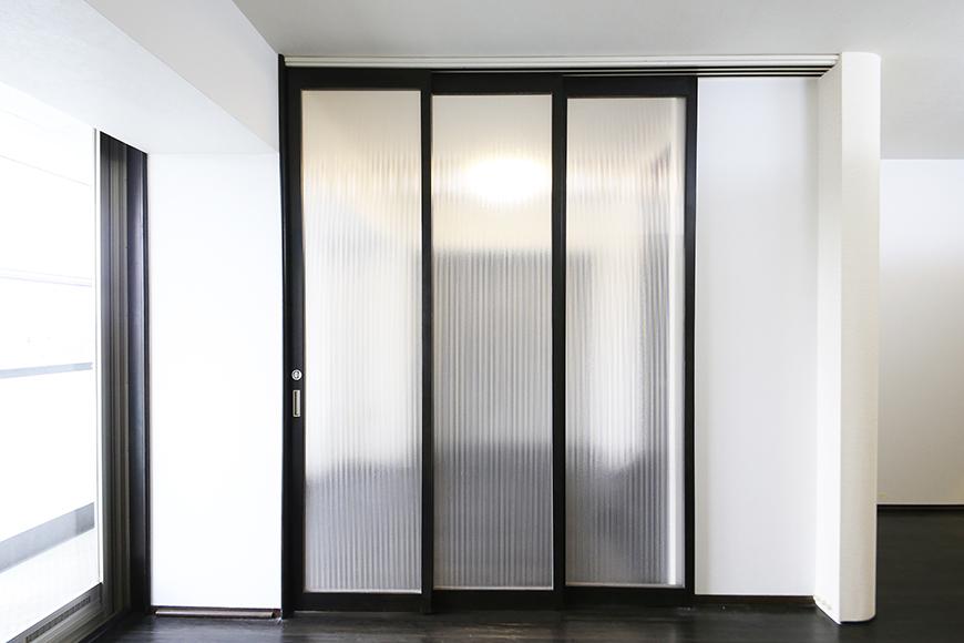 上小田井【SK BUILDING 7】406号室_LDK_リビング・洋室との仕切りのドア_MG_3941