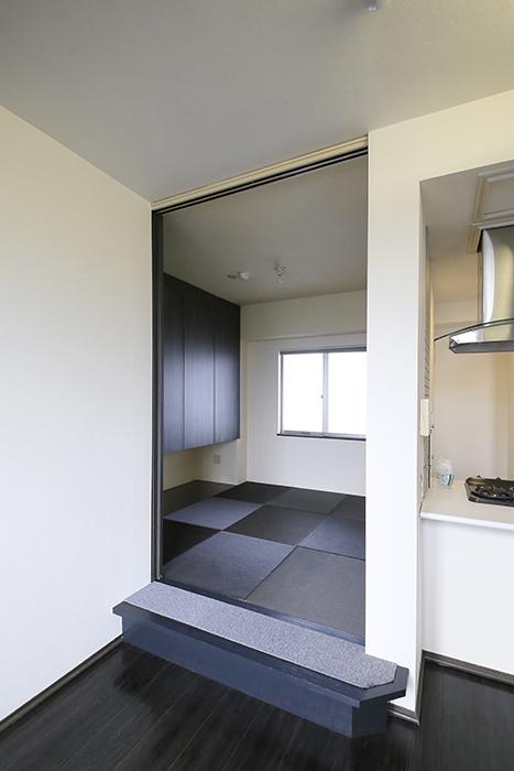上小田井【SK BUILDING 7】705号室_LDK_和室へのドア_MG_3384