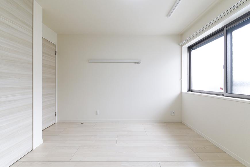 勝川【Parfum(パルファン)】103号室_洋室(6帖)_全景_MG_5256