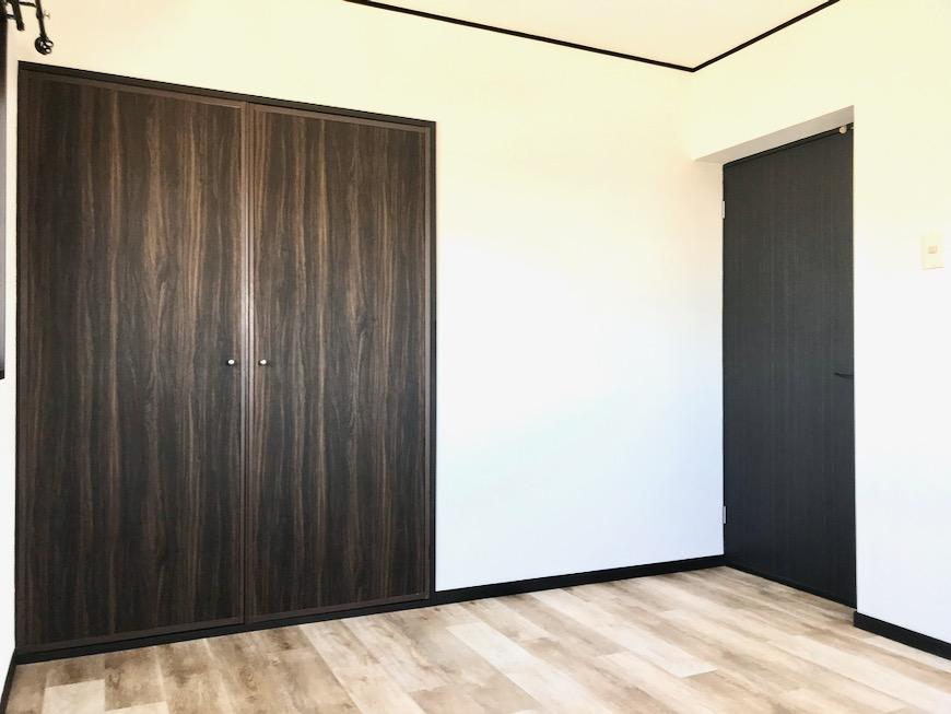 洋室。 キャッスルハイツ師勝305号室4