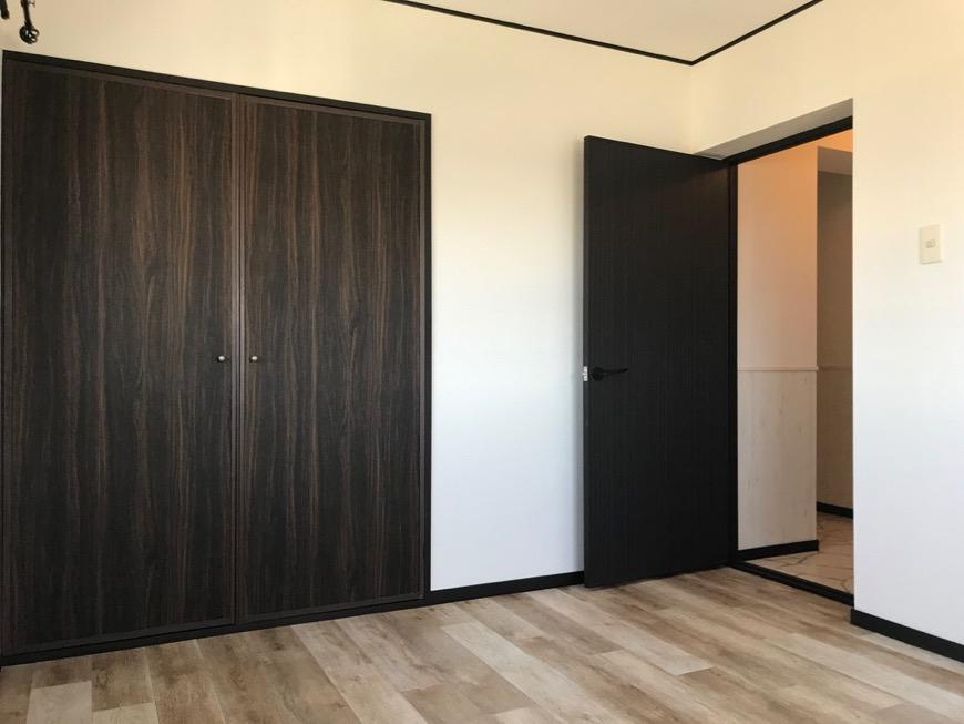 洋室。 キャッスルハイツ師勝305号室5