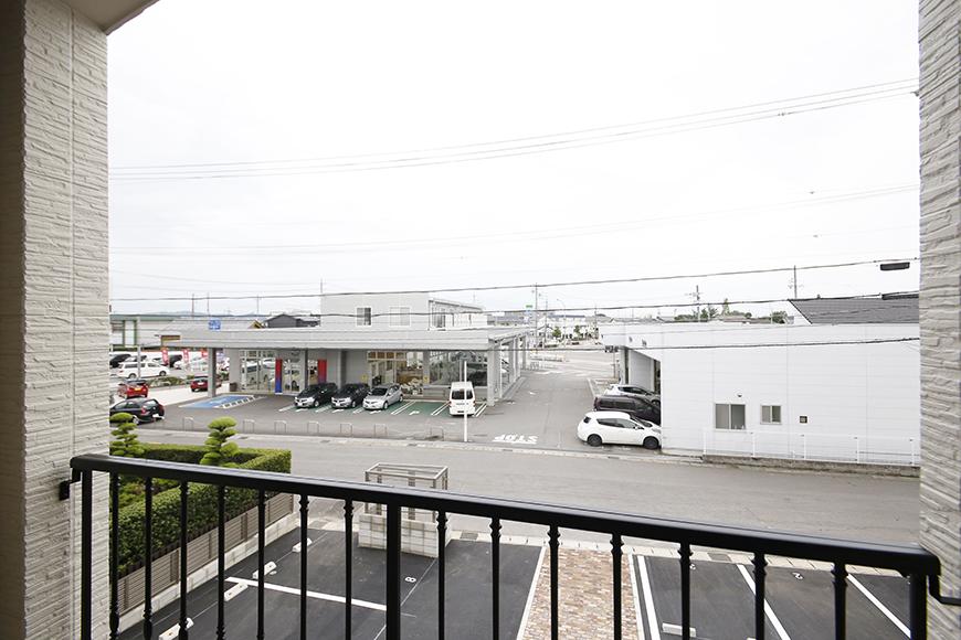 西尾市【モフズヴィラ(Mofz Villa Imagawa)】外観・共有_二階共有部からの眺望_MG_7183