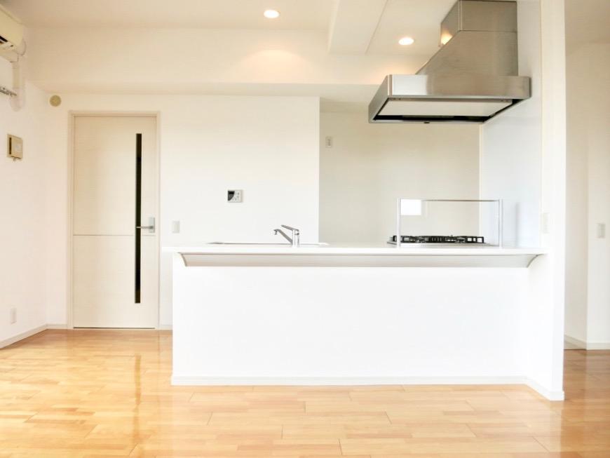LDK11帖。 おしゃれなキッチンのある暮らし。 Hermmitage SHINSAKAE エルミタージュ新栄 1005号室 19