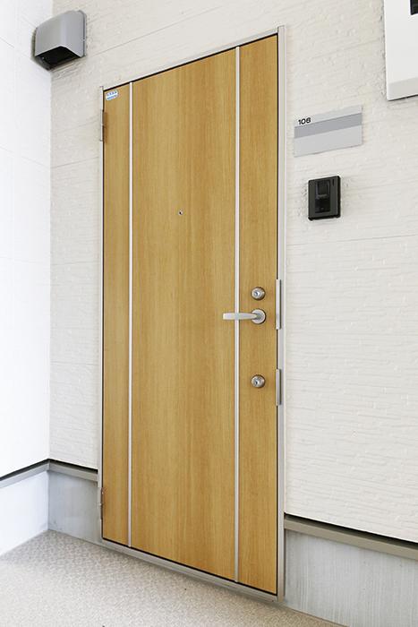 西尾市【モフズヴィラ(Mofz Villa Imagawa)】106号室_玄関周り_玄関ドア_MG_5872