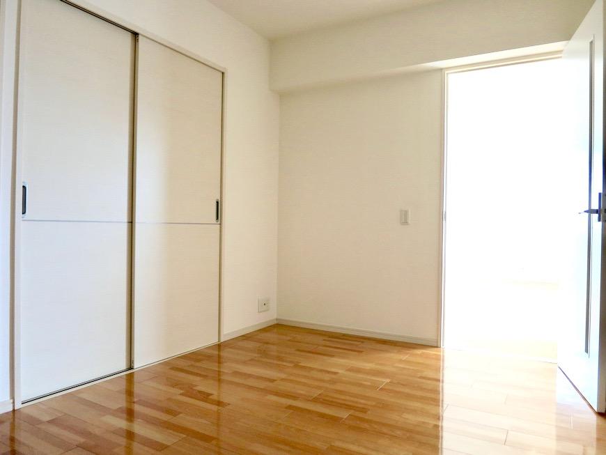 納戸6.2帖。 おしゃれなキッチンのある暮らし。 Hermmitage SHINSAKAE エルミタージュ新栄 1005号室 4