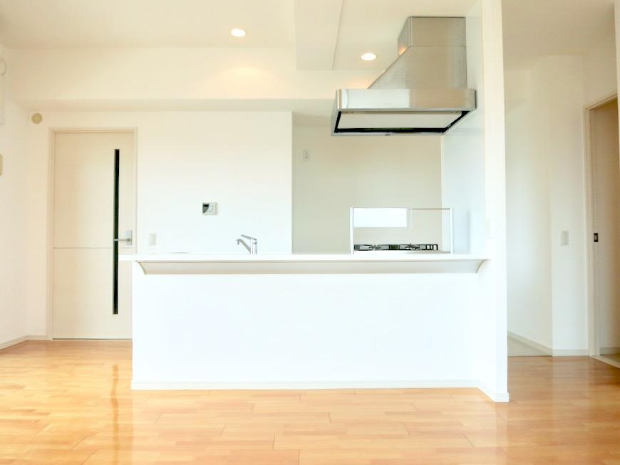 LDK11帖。 おしゃれなキッチンのある暮らし。 Hermmitage SHINSAKAE エルミタージュ新栄 1005号室 8
