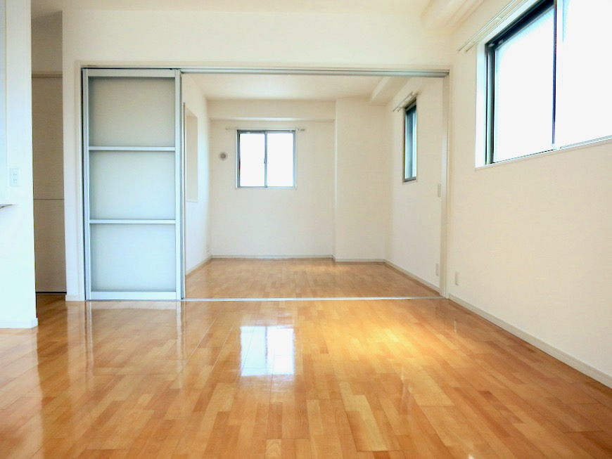 LDK11帖。 おしゃれなキッチンのある暮らし。 Hermmitage SHINSAKAE エルミタージュ新栄 1005号室 7