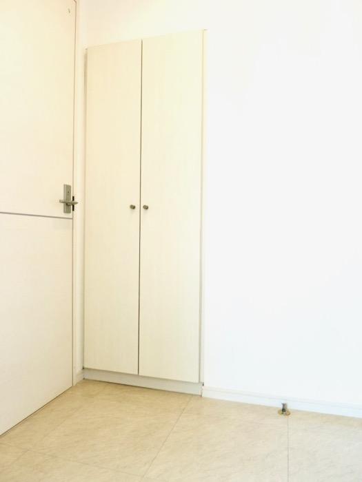 玄関。 おしゃれなキッチンのある暮らし。 Hermmitage SHINSAKAE エルミタージュ新栄 1005号室 1