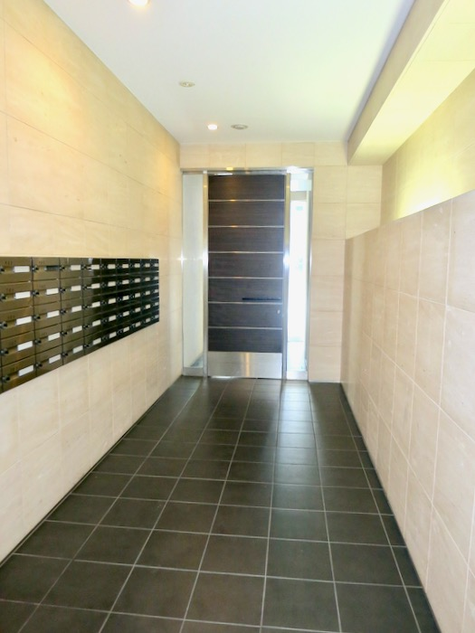 外観・共用 おしゃれなキッチンのある暮らし。 Hermmitage SHINSAKAE エルミタージュ新栄 1005号室 9