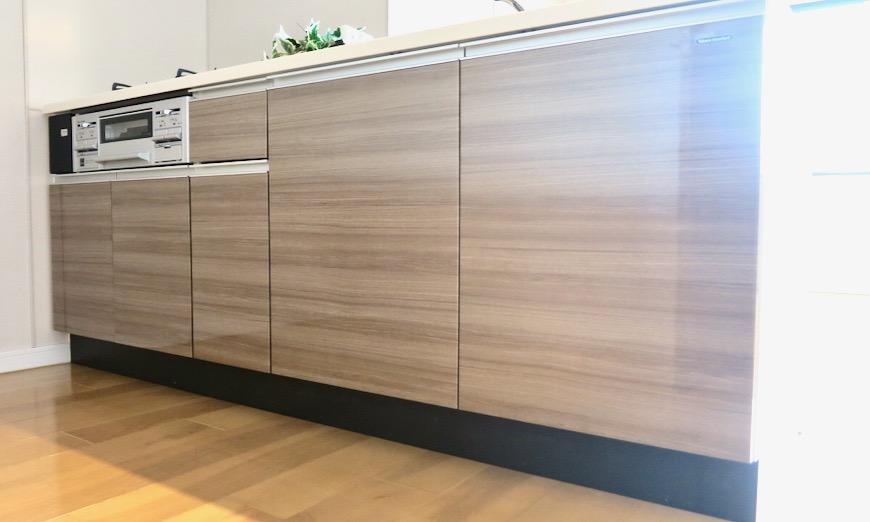 17..4帖のLDK キッチン 螺旋階段のあるお部屋。 ASKA HILLS 10