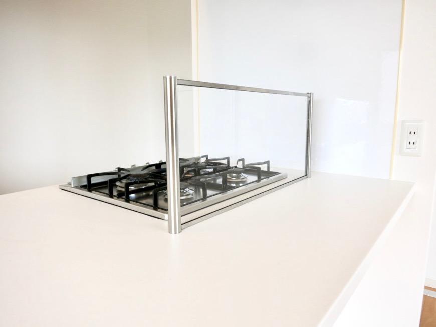 LDK11帖。キッチン台 おしゃれなキッチンのある暮らし。 Hermmitage SHINSAKAE エルミタージュ新栄 1005号室 7