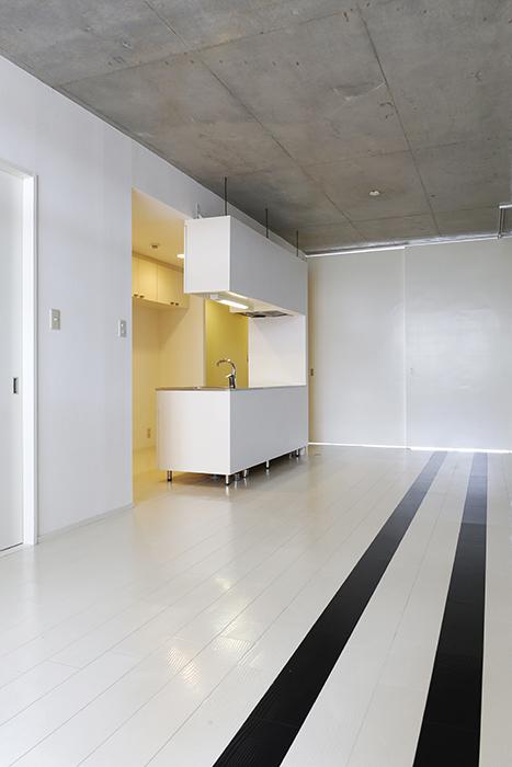 【M/F HOUSE】001号室_LDK_全景_天井高◎_MG_3053
