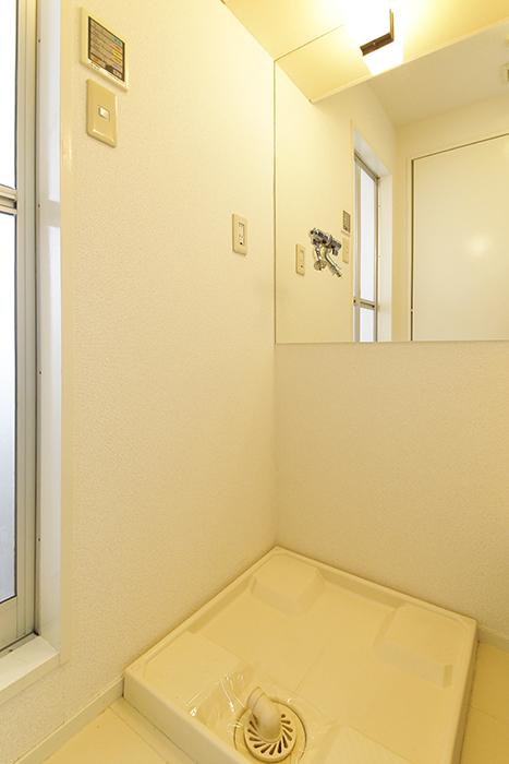 【M/F HOUSE】001号室_サニタリー_室内洗濯機置き場_MG_3149