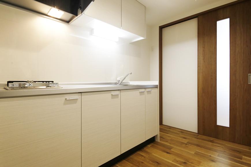 西尾市【モフズヴィラ(Mofz Villa Imagawa)】206号室_キッチン周り_MG_6961