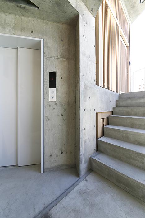 【大池薬局ビル】外観共有11エレベーターと階段_MG_5228