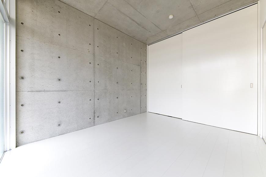 【M/F HOUSE】001号室_洋室_仕切りのドアをクローズ_MG_3037