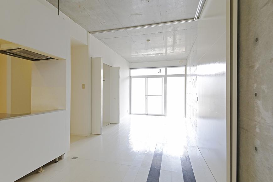 【M/F HOUSE】001号室_LDKと洋室の仕切りドアをOPEN!_MG_2972