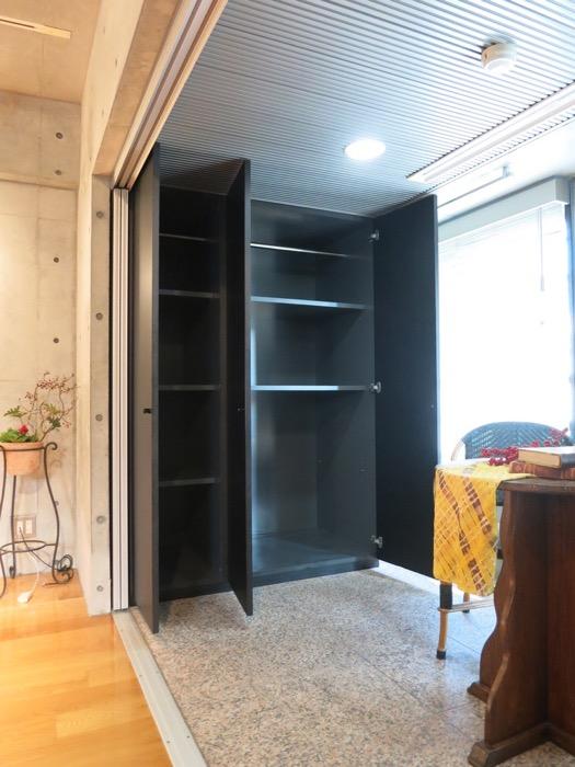 コンクリート打ちっ放しのクールなお部屋。6帖(サンルーム付き)。ARK HOUSE 南館 3A 何もかもが魅力的な創造空間。31