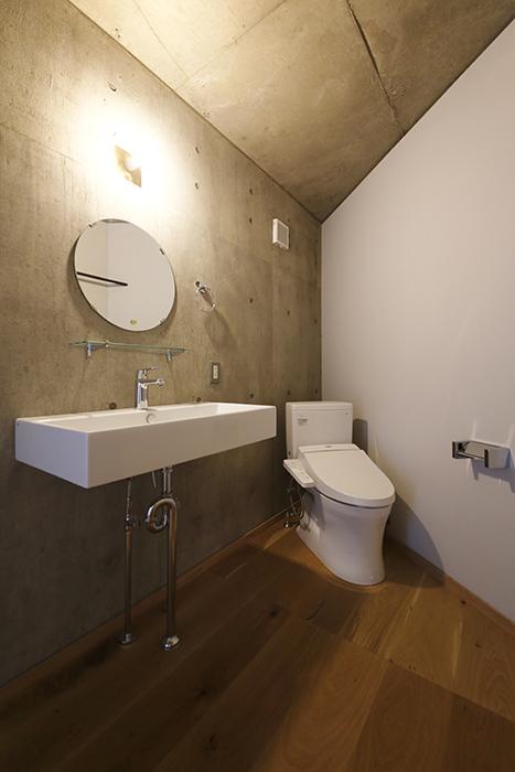 【大池薬局ビル】5S40洗面とトイレ_MG_5701