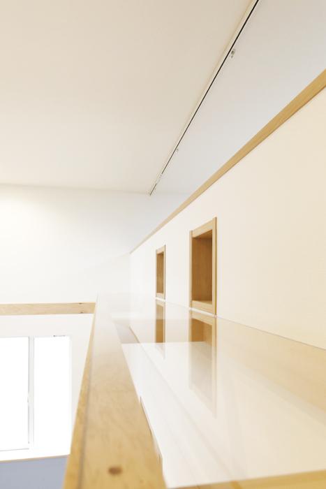 西尾市【モフズヴィラ(Mofz Villa Imagawa)】105号室_キャットウォークを自由に歩く☆_MG_6592