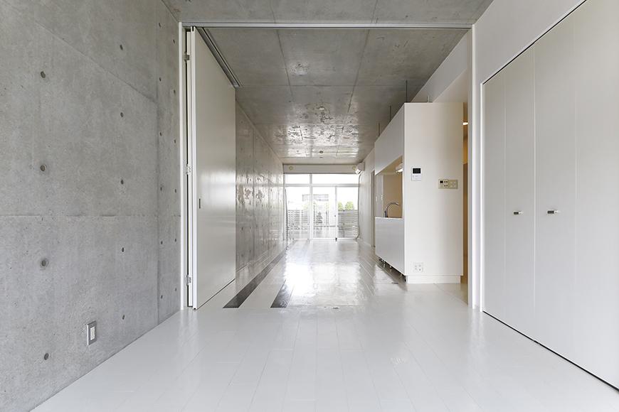 【M/F HOUSE】001号室_LDKと洋室の仕切りドアをOPEN_MG_2996