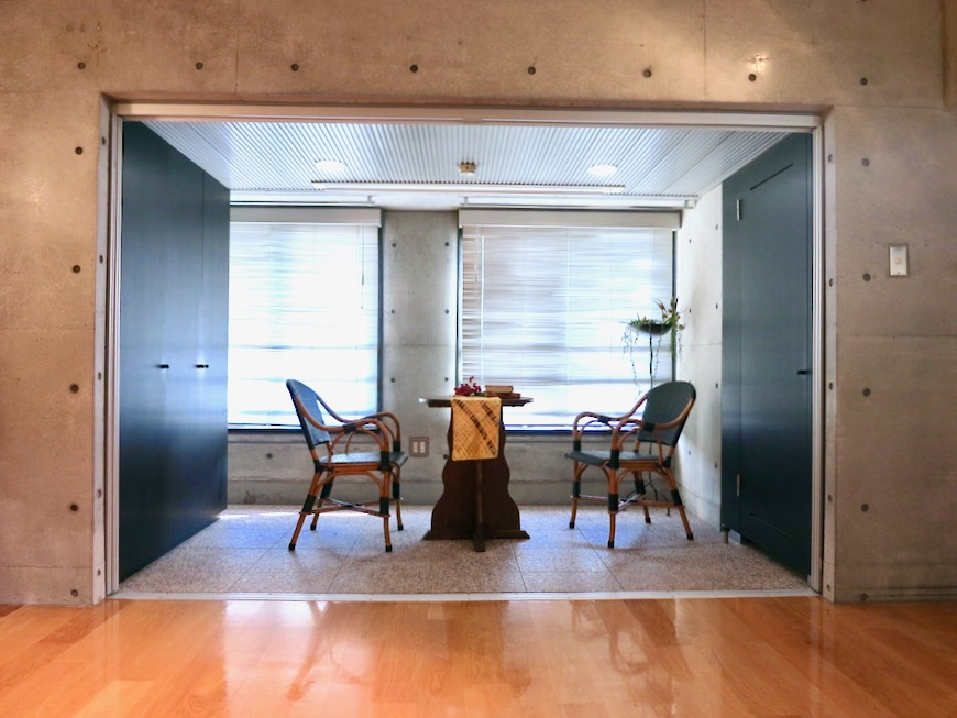 コンクリート打ちっ放しのクールなお部屋。6帖(サンルーム付き)。ARK HOUSE 南館 3A 何もかもが魅力的な創造空間。4