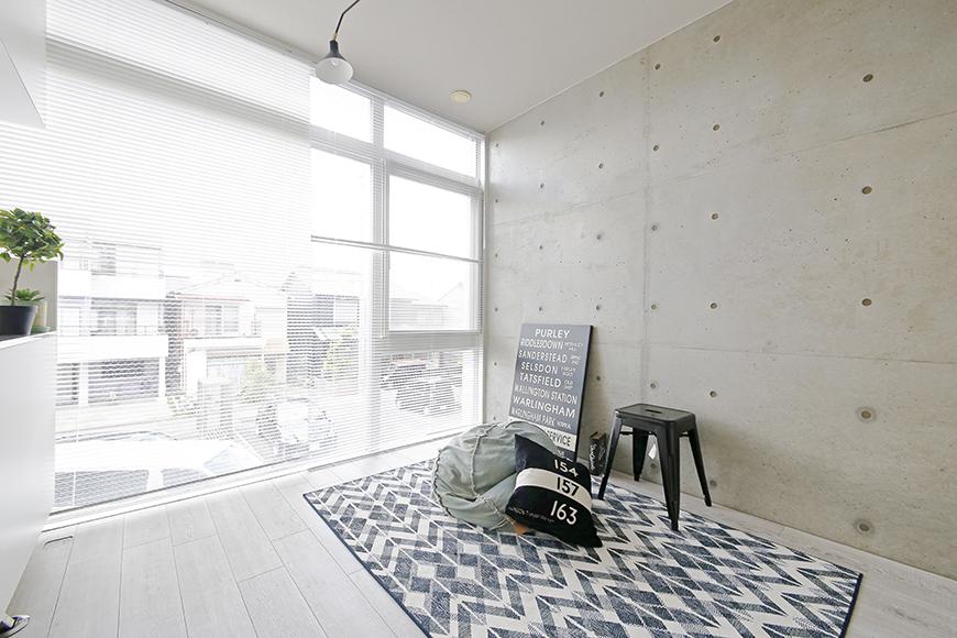 【M/F HOUSE】008号室_LDK_リビング_窓からの柔らかな光と共に・・・_MG_3383