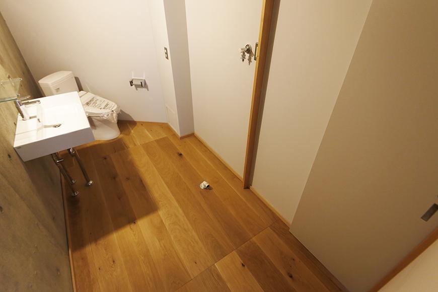【大池薬局ビル】5S47洗面横のドア_MG_5661