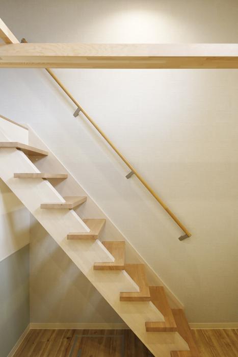 西尾市【モフズヴィラ(Mofz Villa Imagawa)】102号室_洋室からロフトへの階段_MG_6798