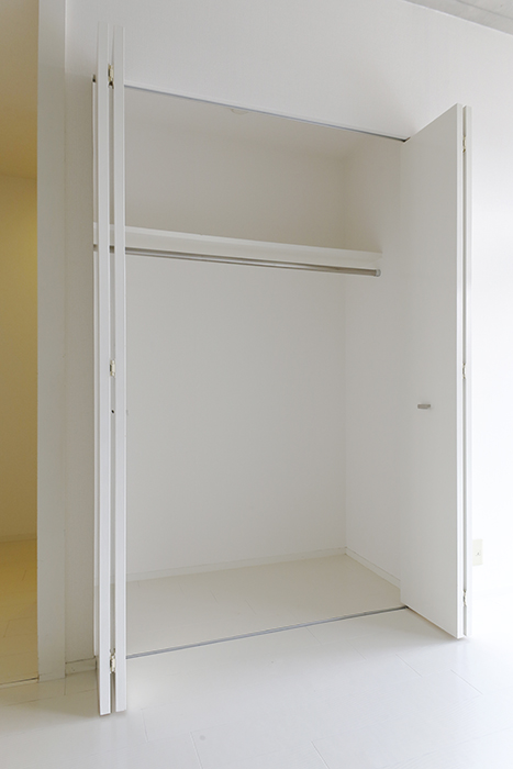 【M/F HOUSE】001号室_洋室_クローゼット収納_MG_3024
