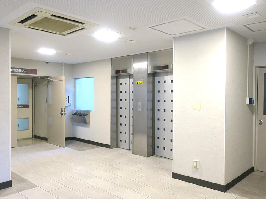 共栄ビル_1階エントランスホール