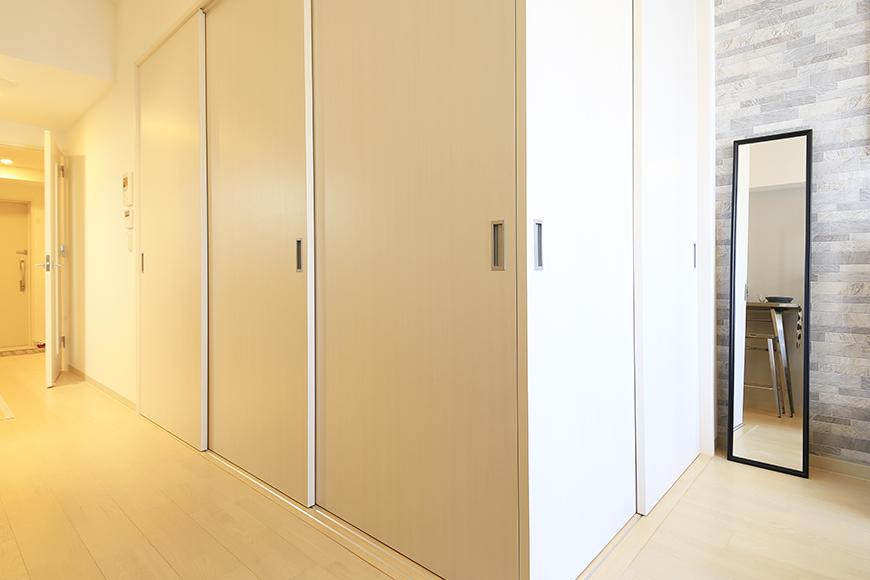 【Aphrodite】301号室_LDK_リビング・洋室の仕切りドアをクローズ_MG_1578