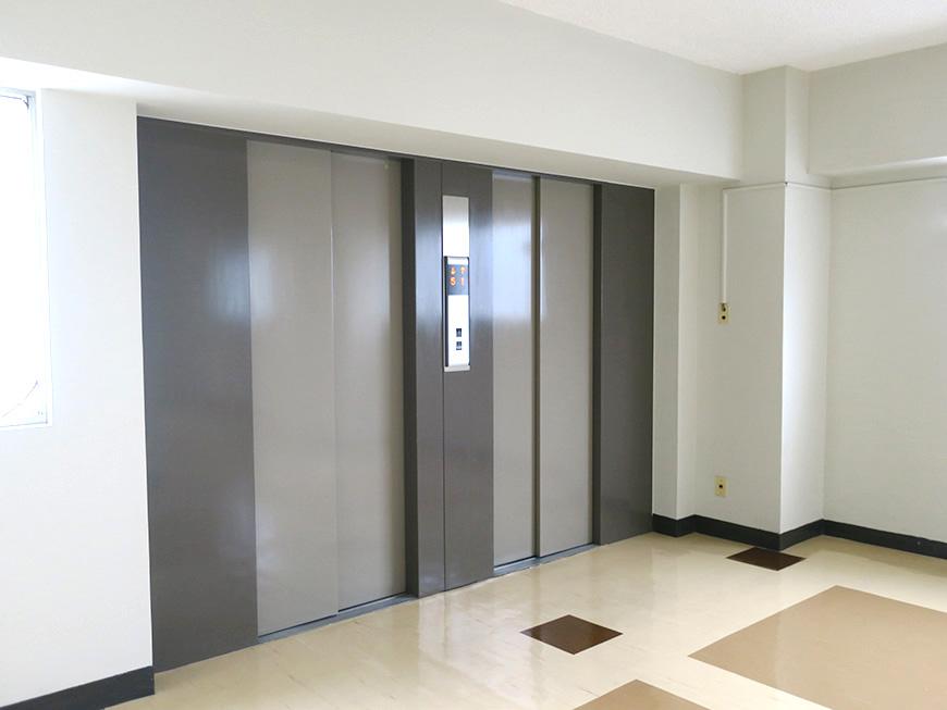 共栄ビル_8階evホール