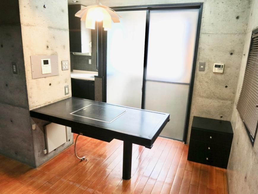 キッチンスペース コンクリートハウス 風か吹き抜ける美しい要塞。218 HOUSE 2D号室10