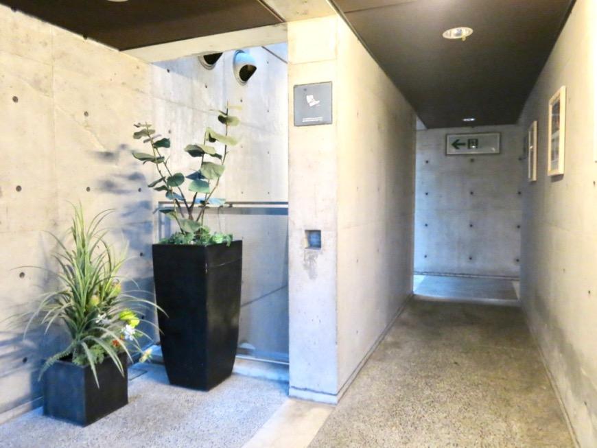 外観・共用 コンクリートハウス 風か吹き抜ける美しい要塞。218 HOUSE 2D号室19