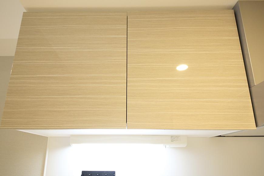 【Aphrodite】301号室_LDK_キッチン_頭上の収納棚_MG_1470