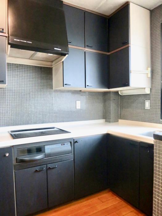 キッチン コンクリートハウス 風か吹き抜ける美しい要塞。218 HOUSE 2D号室15