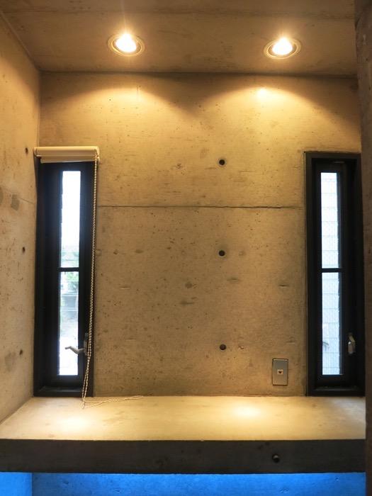 廊下 コンクリートハウス 風か吹き抜ける美しい要塞。218 HOUSE 2D号室12