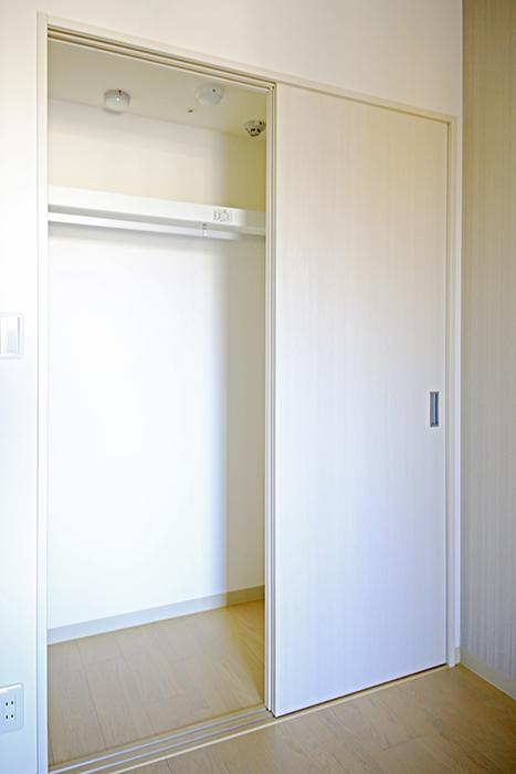 【Aphrodite】1202号室_洋室_クローゼット収納_MG_2056