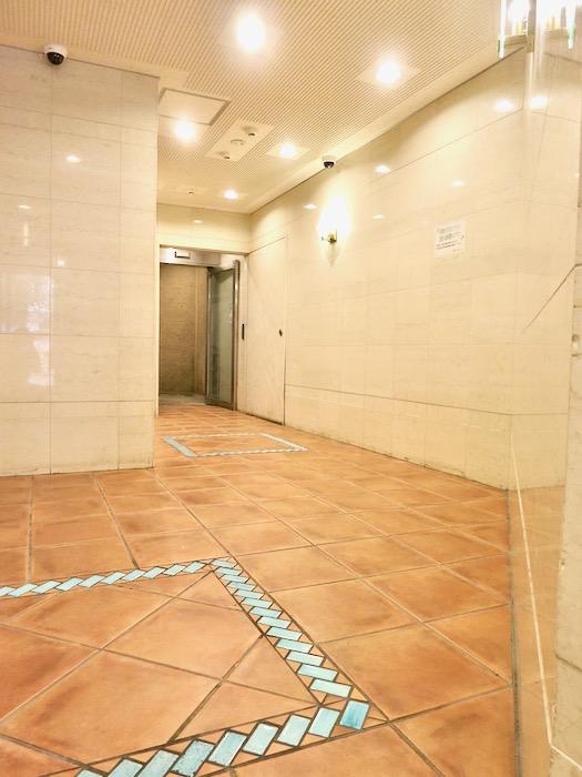 ●共用・外観 ほんのりアンティークヨーロピアン サロン・SOHO可 S ALLEY 1001号室1
