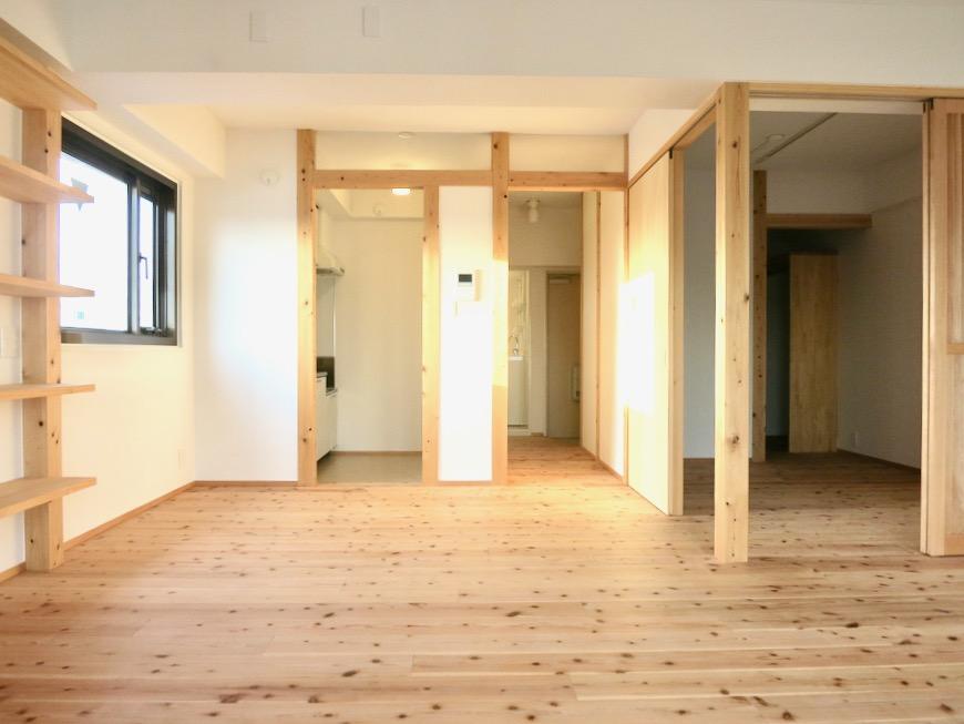 天然木と格子戸のある暮らし。インターシティ黒川901号室。IMG_0046