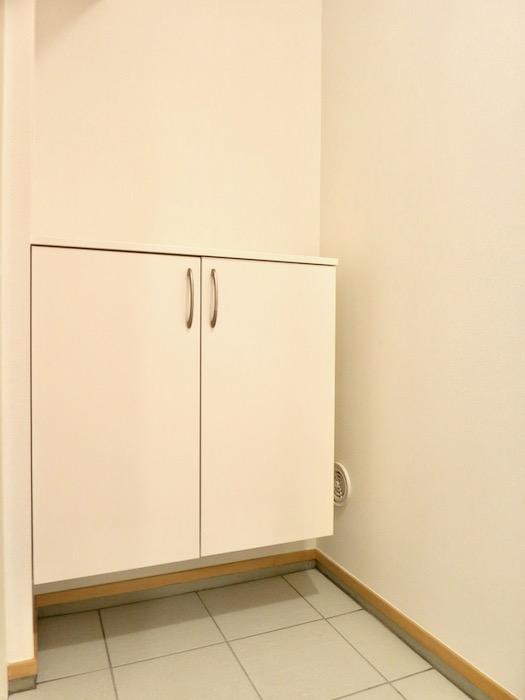 玄関&廊下 天然木が広がるお部屋。インターシティ黒川901号室9