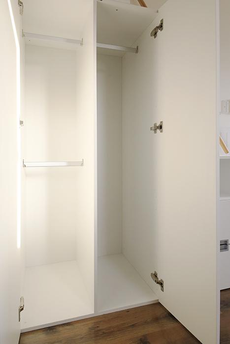 【プリマ名古屋壱番館】201号室_リビング_階段収納_クローゼット_MG_8029