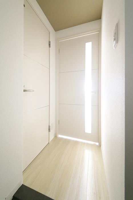 【ポルタニグラ大須】901号室_玄関周りから廊下_MG_3339