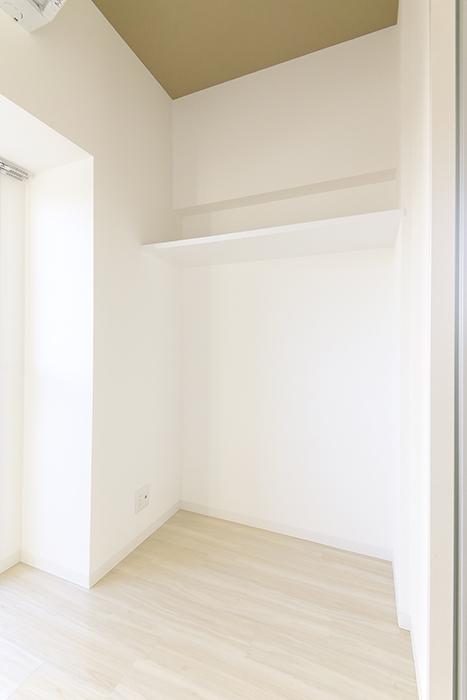 【ポルタニグラ大須】901号室_洋室_収納スペース_MG_3599