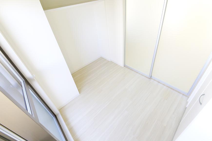 【ポルタニグラ大須】901号室_洋室_仕切りドア_MG_3651