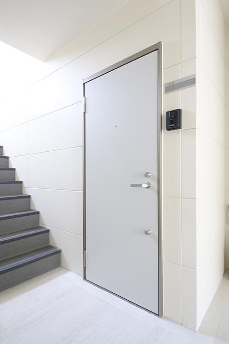 庄内通【コウノミBASE】102号室_玄関回り_MG_8415
