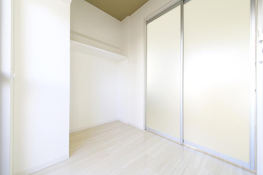 【ポルタニグラ大須】901号室_洋室_仕切りドア_MG_3638